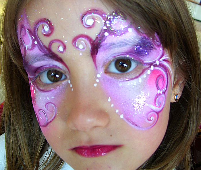 Maquillage enfant princesse - Modele maquillage princesse ...