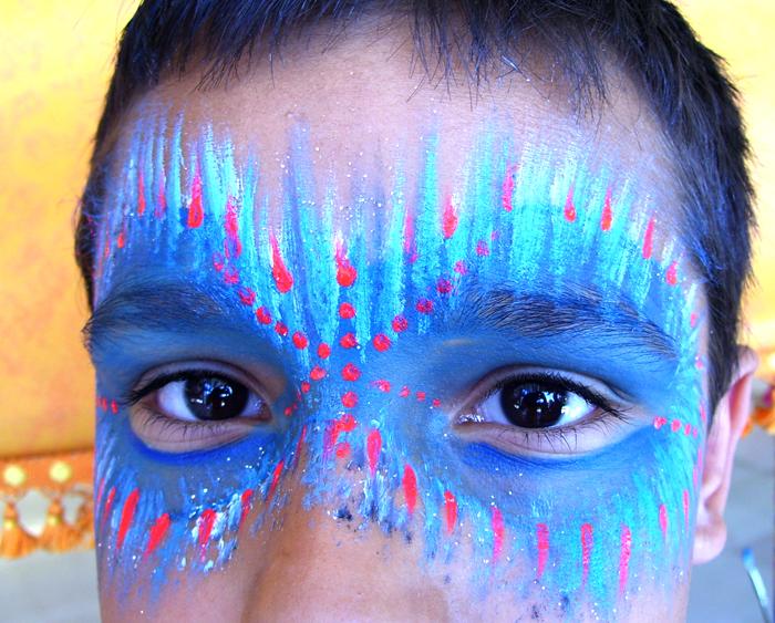 masque indien bleu