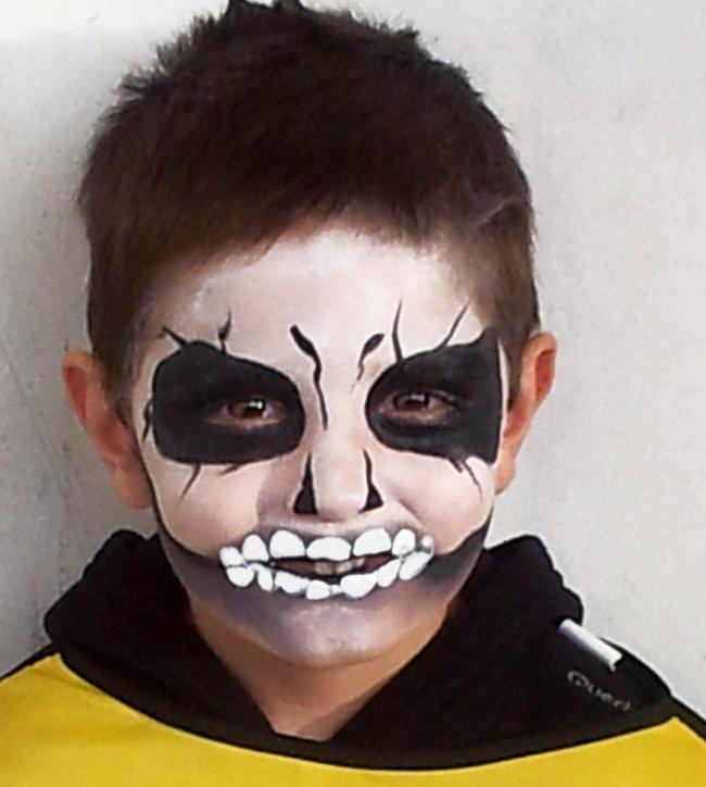 Maquillage enfant tête de mort
